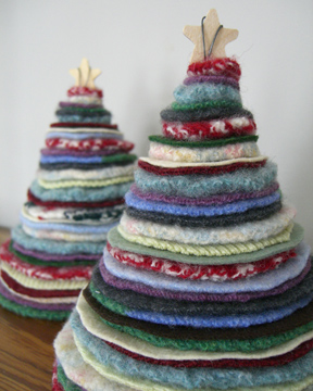 елочки Thrifted-holiday-trees-2