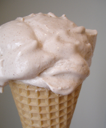 cinnamon-ice-cream