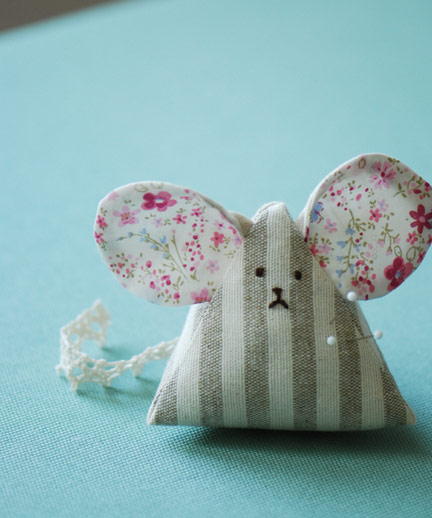 Photo of handmade mouse pincushion