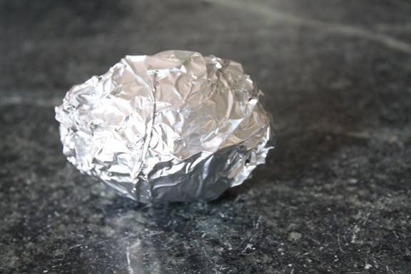 egg-in-aluminum-foil