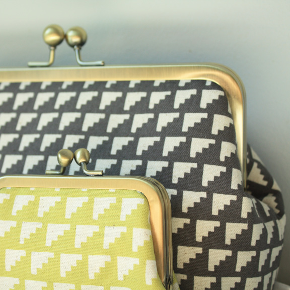 detail-of-octopurse-pouches