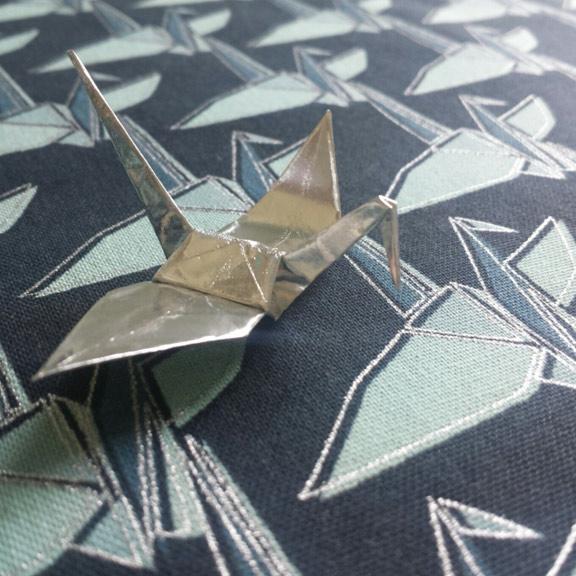 paper-cranes-in-navy
